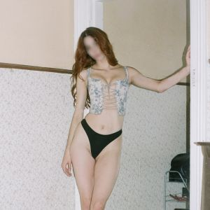 Hunter escort in Sydney telling you she is ready to play