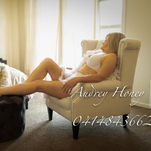 100% real escort photo Audrey Honey