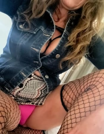 Adelaide escorts, Angel68, private escort
