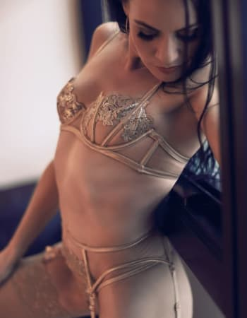 Brisbane escorts, Jess Evans, private escort