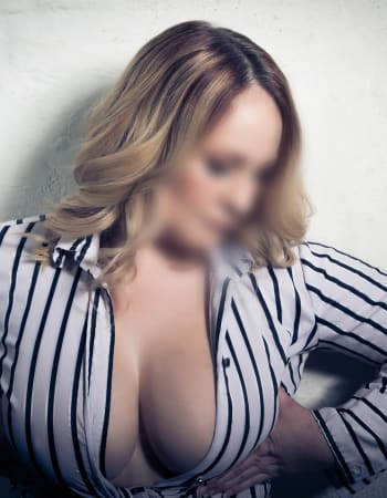 escort babe Sayla Vee, Adelaide, Sayla Vee - Where DTF meets DTE 😘