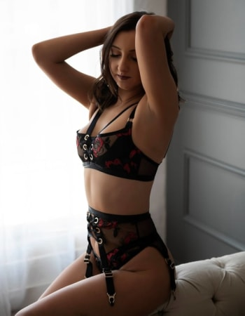 Sydney escorts, Hannah Hilton, private escort