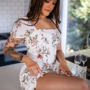 real babes escorts photo Olive Pearl