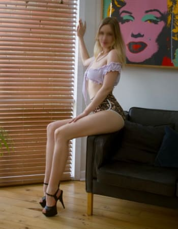 Melbourne escorts, Victoria Wynter, private escort
